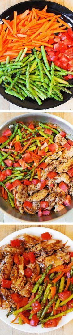 Balsamic Chicken with Asparagus and Tomatoes  Balsámico de pollo con espárragos y tomates