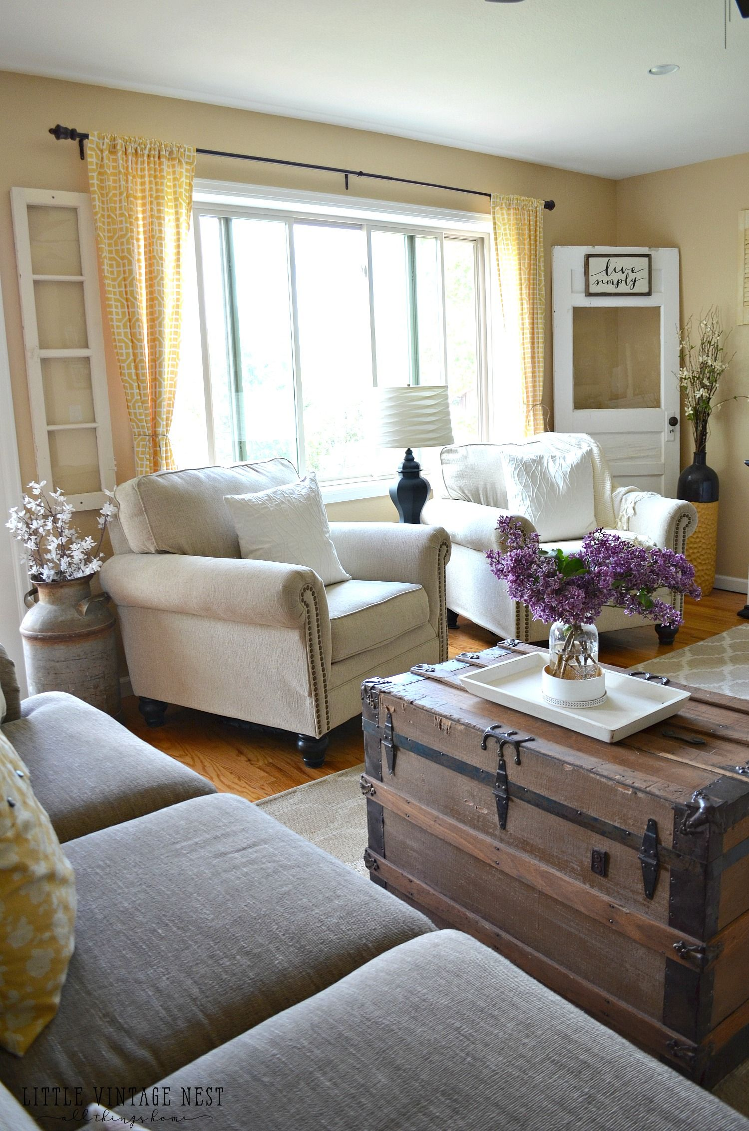 Best Farmhouse Living Room Summer Refresh Living Room Remodel 400 x 300