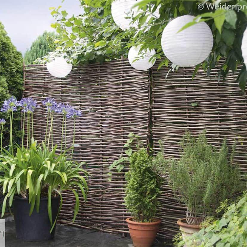 16 Raffinierte Zaune Fur Kleine Garten Steinmauer Garten