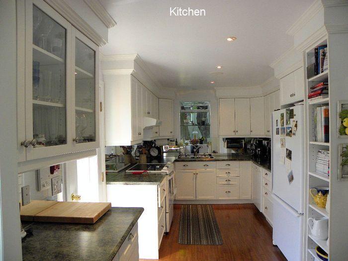 Jasper Stuart House, Beaver Valley, ON. Kitchen.