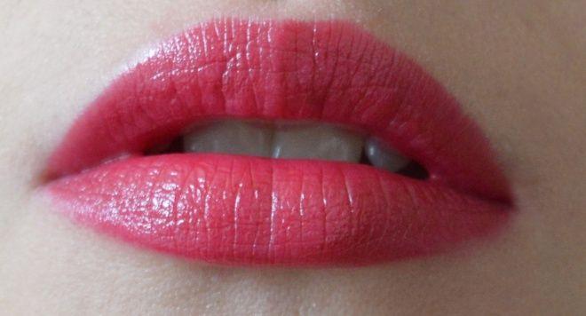 Maybelline Hydra Extreme Lipstick 595 Maybelline Lipsticks And