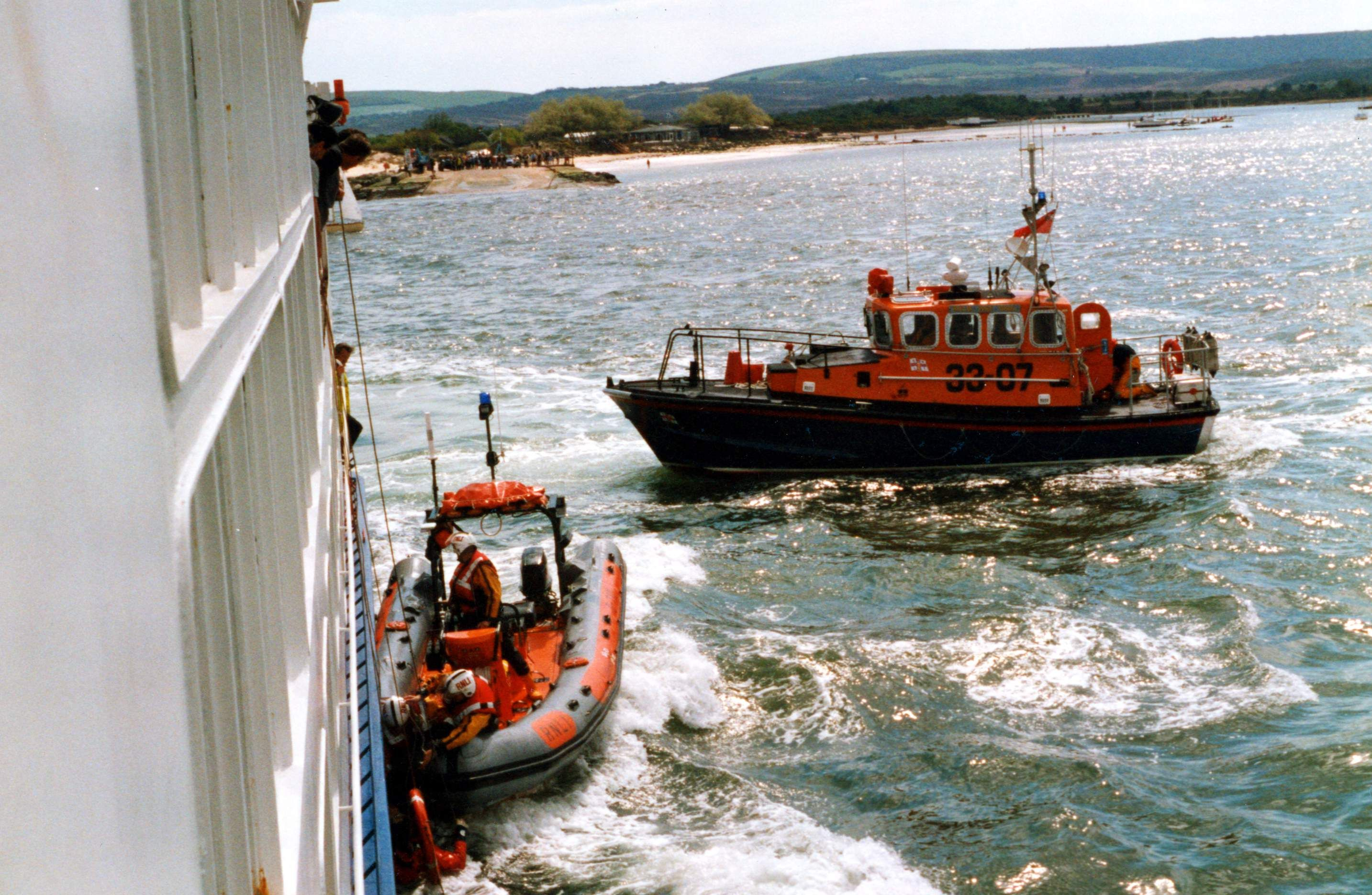 BredeClass RNLB 3307 'Inner Wheel' RNLI Poole 1983