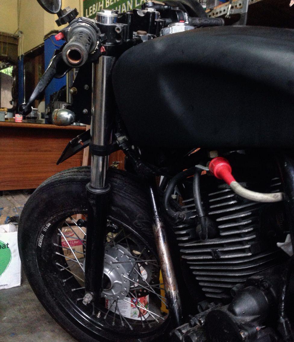 #caferacer #custom #motorcycle
