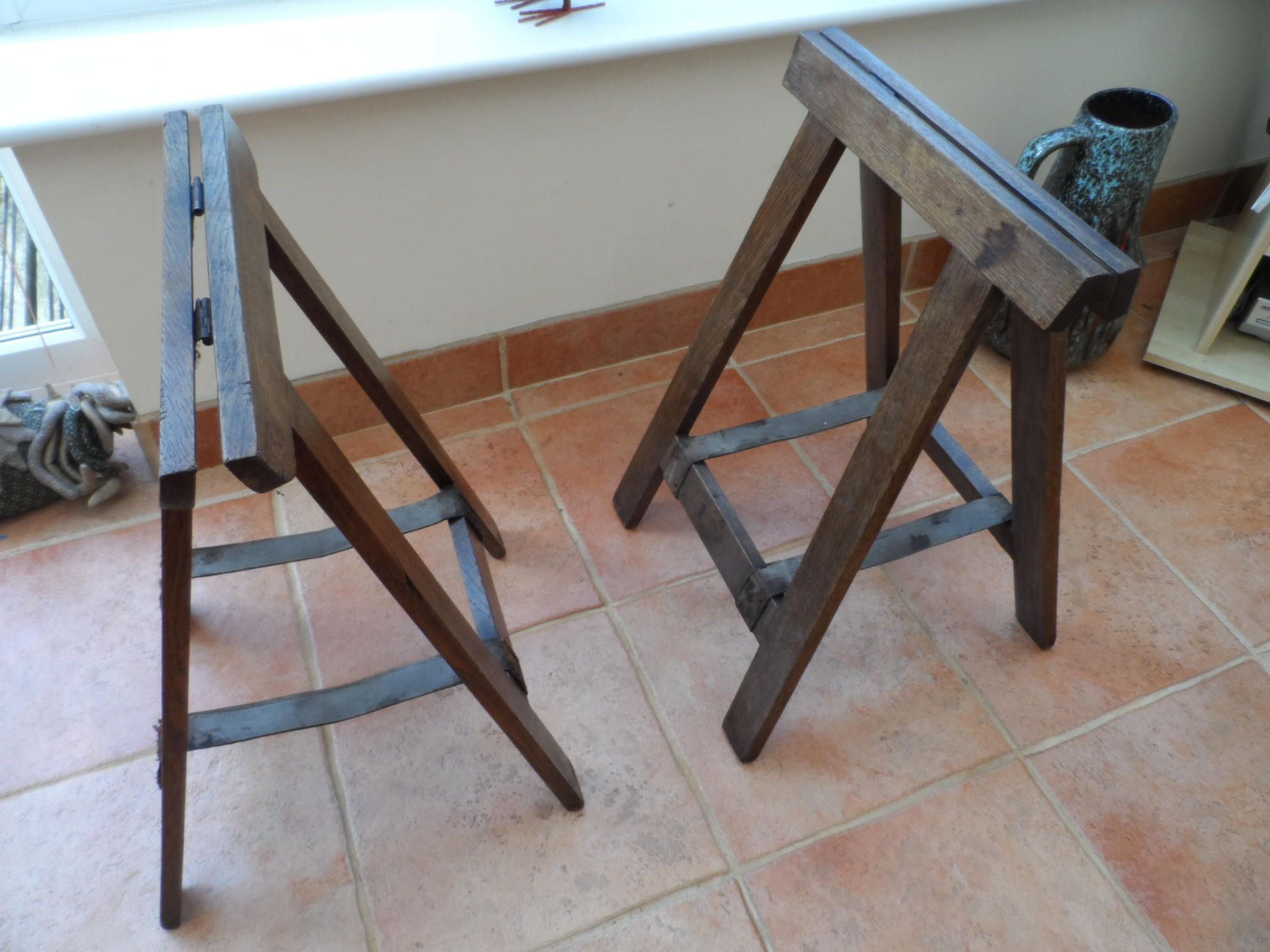 A Pair Of Wooden Vintage Solid Dark Oak Trestle Table Legs Stock