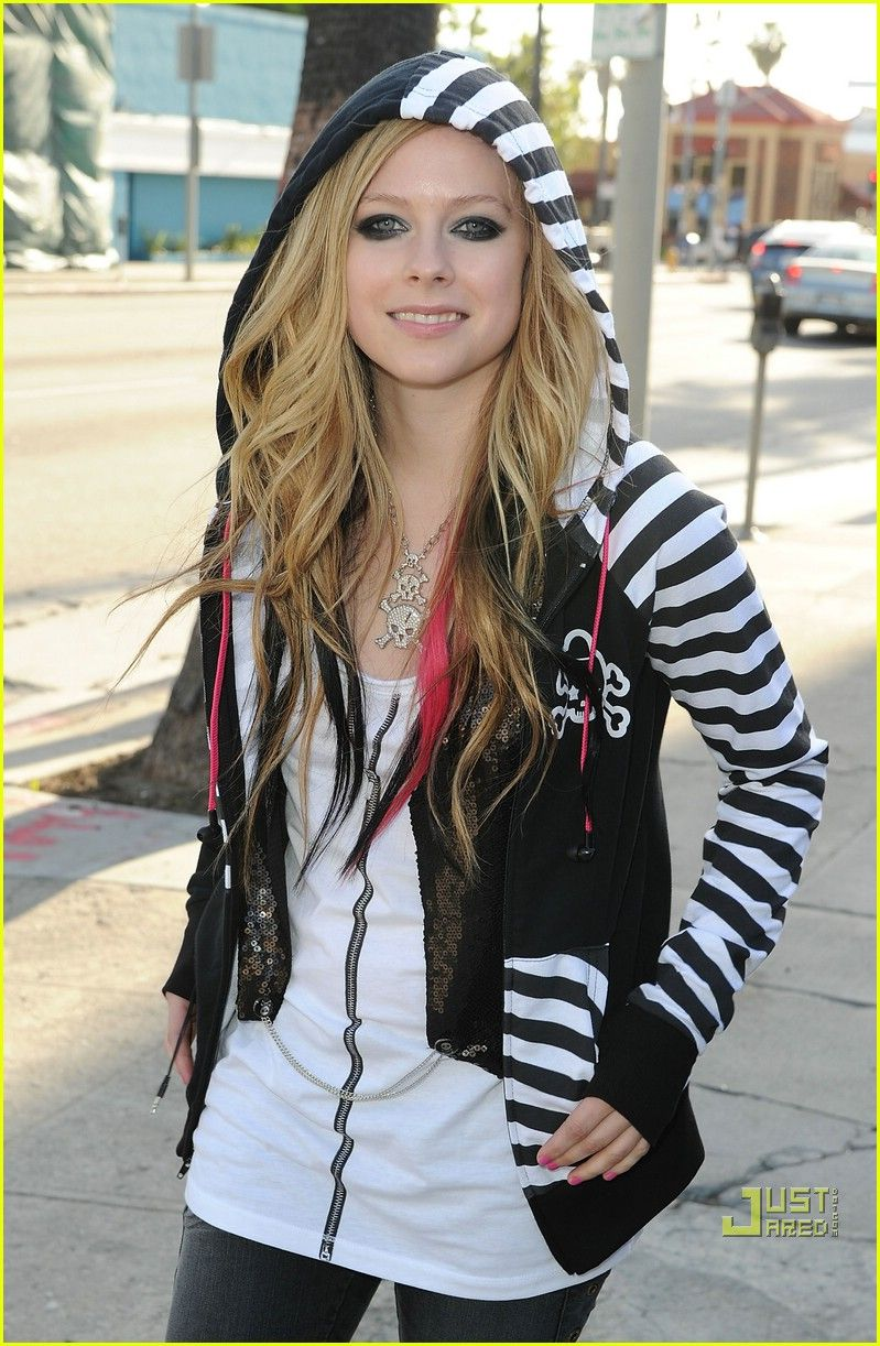 avril hair style avril lavigne hoodie hottie nails 5753