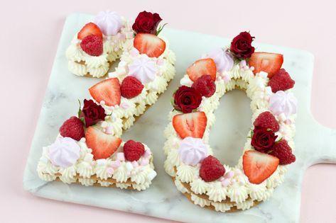 Der neue Kuchentrend als Zahl, Buchstabe oder Herz zum Geburtstag. Tarte Biskuit der neue Food Trend 2018, Fruchttorte und Kekstorte von Mein Keksdesign #lettercakegeburtstag