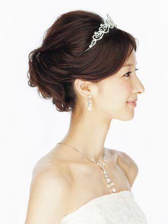 プリンセスになりたい花嫁の為のヘアアクセサリー ティアラ が