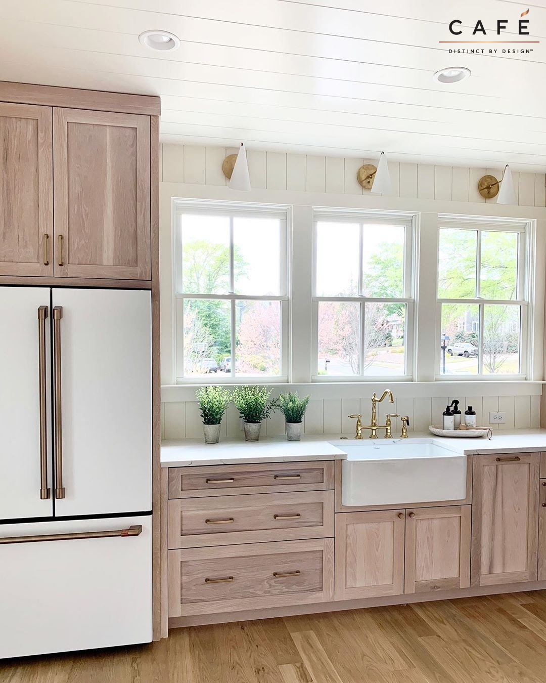 The Morning Light In This Warm Kitchen With Matte White Cafe Appliances Designed By Linen Flax In 2020 Light Kitchen Cabinets White Kitchen Appliances Kitchen Design