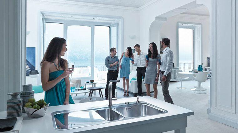 Living in Como - http://www.franke.com/content/kitchensystems/uk/en/home/about_franke/living_in_/lake_como/living_in_como.html