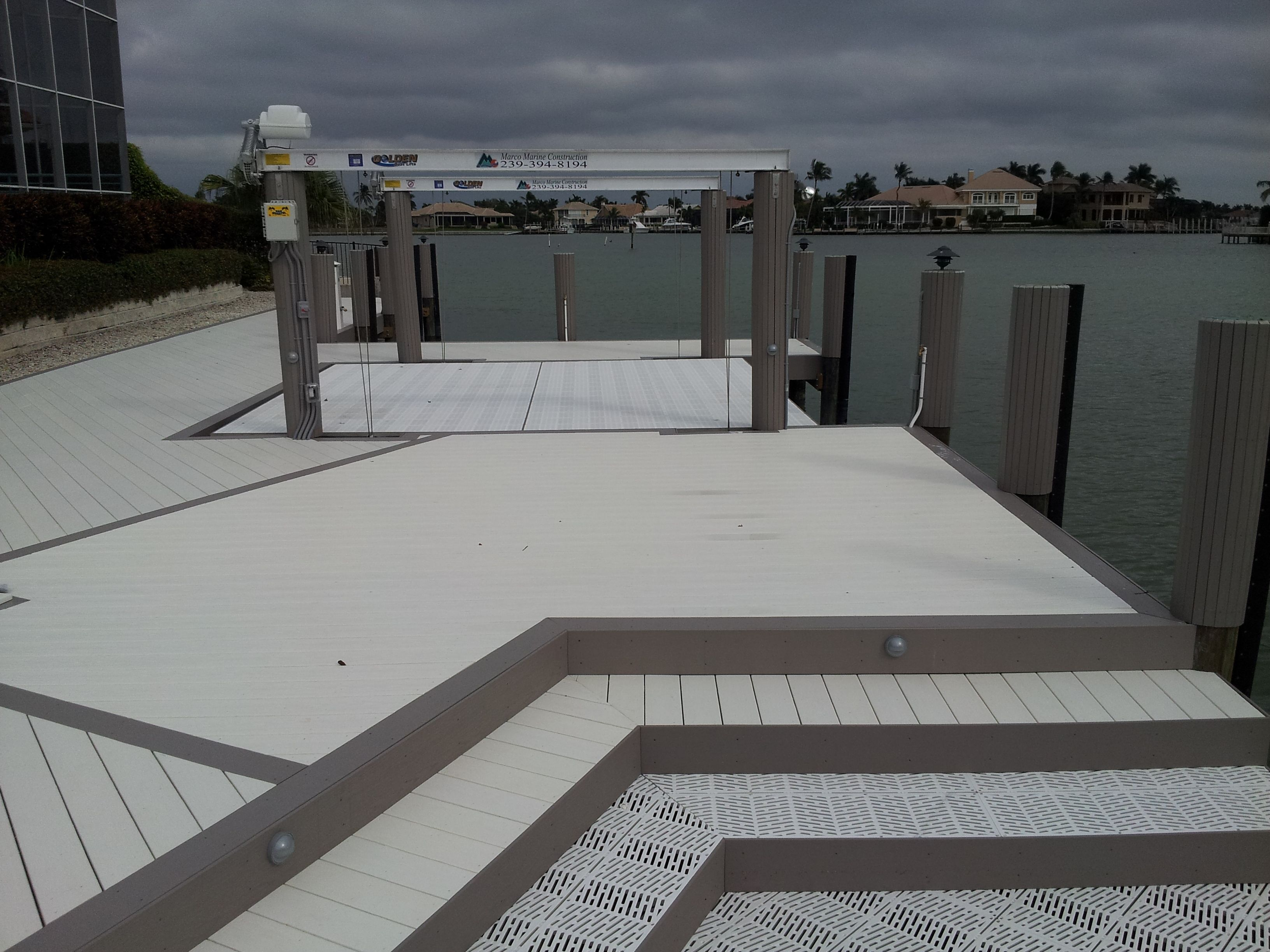 Azek Decking With Surestep Grating Www Shorelinelumber Com Azek Decking