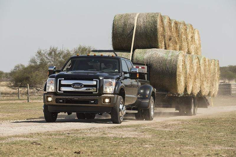 Ford beefs up its Super Duty trucks for 2015 Ford super