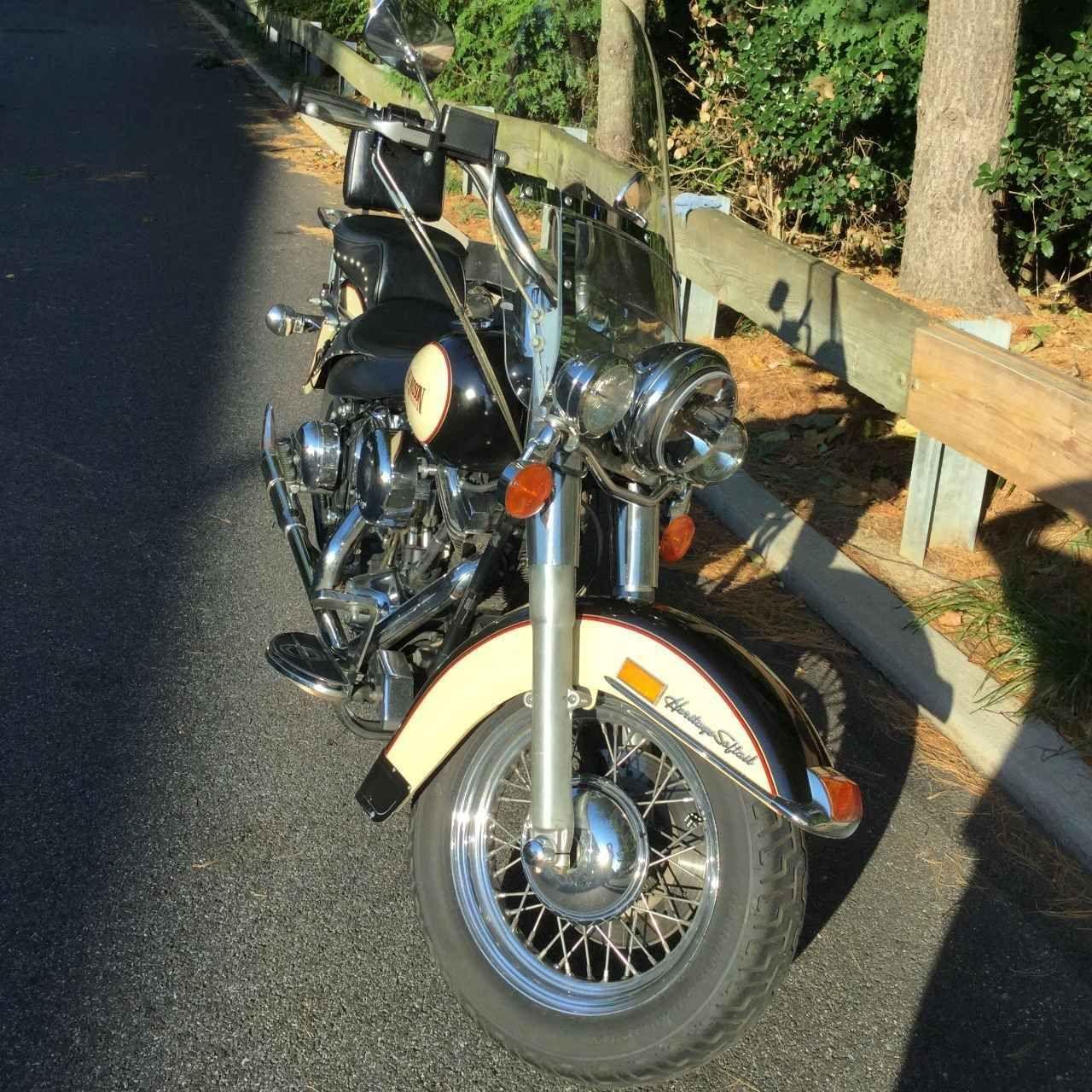 1989 Harley Davidson Heritage Softail Classic Softail Harley Davidson Harley [ 1280 x 1280 Pixel ]