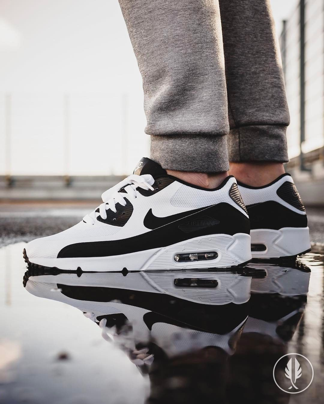 air max 90 ultra 2.0 essential white black