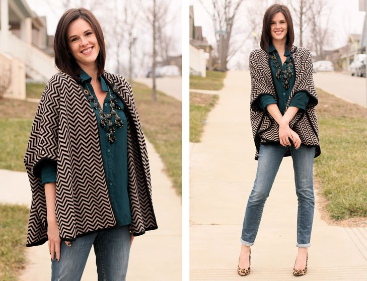 Love the mix of prints and an awesome statement necklace!