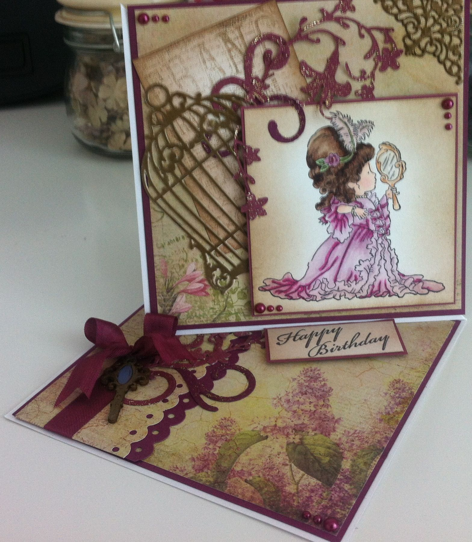 A twisted easel birthday card