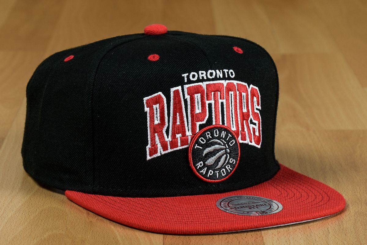 Kepurės Mitchell   Ness NBA Toronto Raptors Team Arch Snapback kepurė  Aksesuarai 3367e7abe567