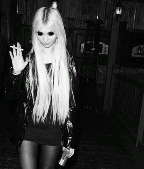 how to look like taylor momsen