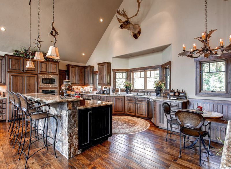 20 Fashionable Ways To Add Antler Chandeliers In The Kitchen Fair Chandelier Kitchen Inspiration Design