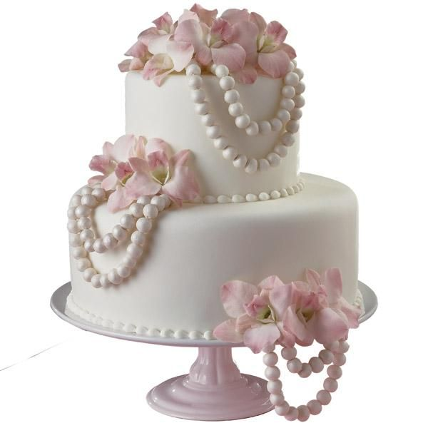 Fondant Flowers For Wedding Cakes: This Cake Design Is Stunning In Its Simplicity. Pretty