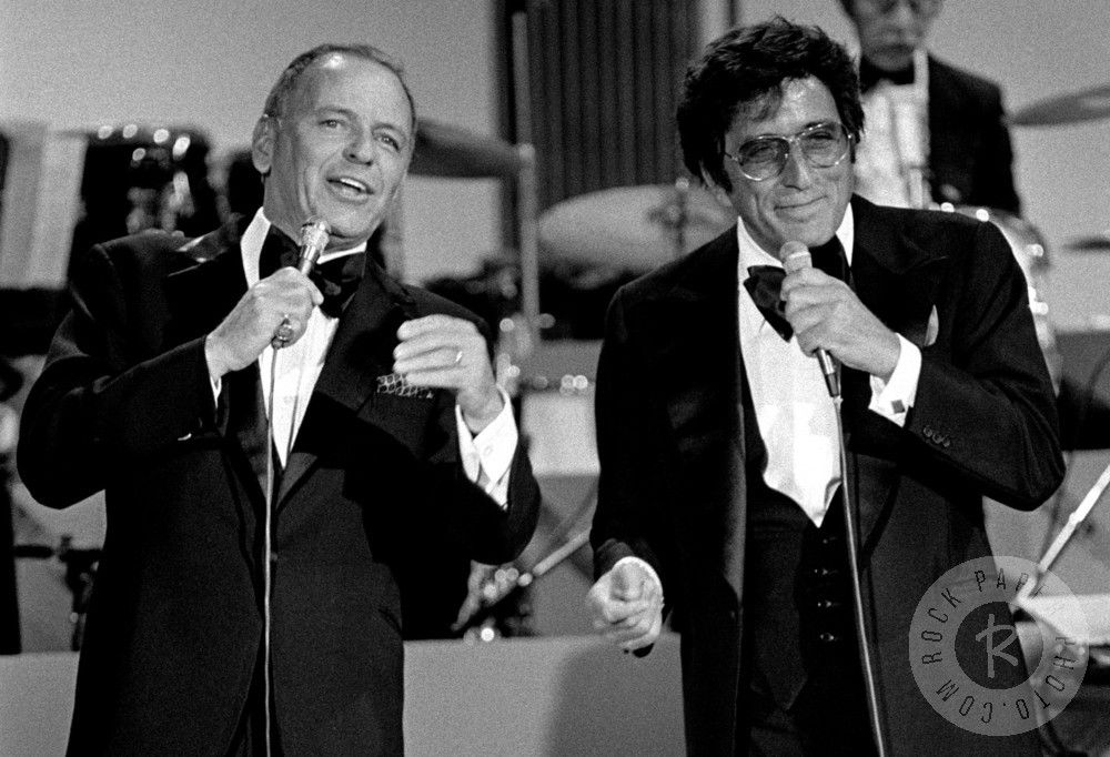 Frank Sinatra Tony Bennett Photo By Jim Britt I Only Saw Them Preform Together Once But What A Wow To Have Them Both On The Same Bill