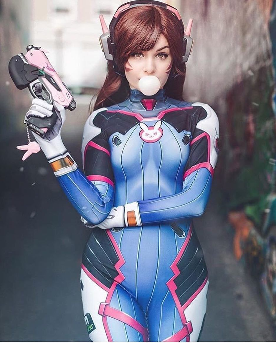 Image may contain: 1 person   Cute cosplay, Overwatch cosplay, Cosplay  characters