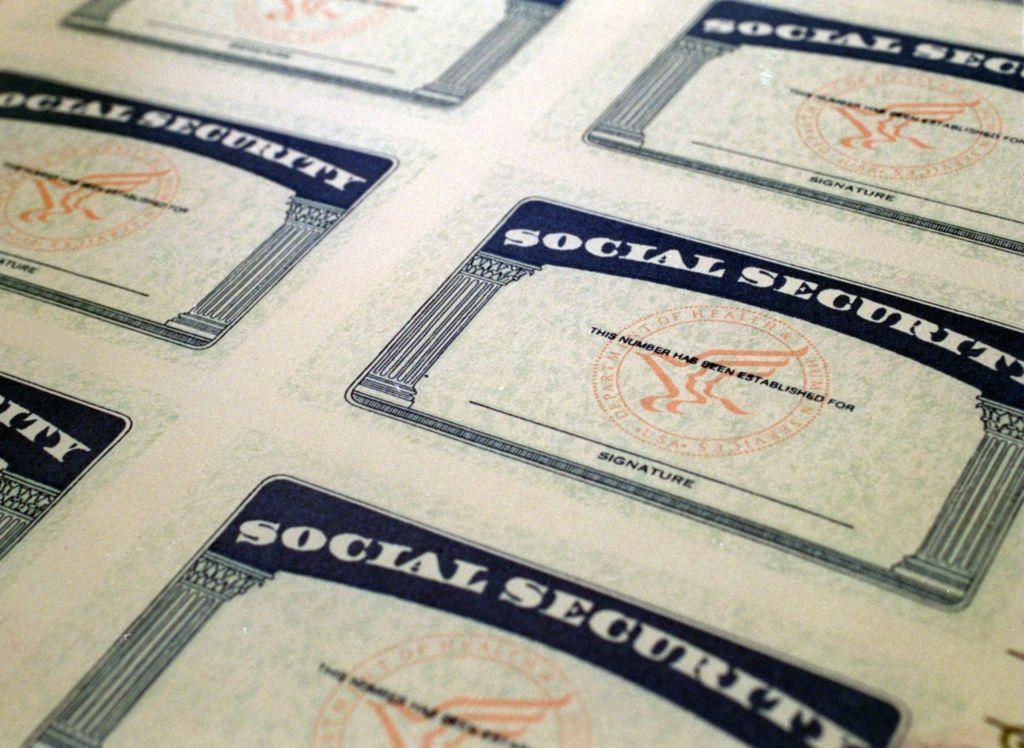 Home Social security benefits, Social security card