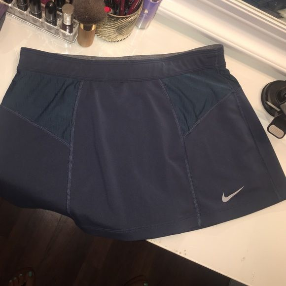Nike Dri-Fit tennis skirt Like new Nike Skirts Mini