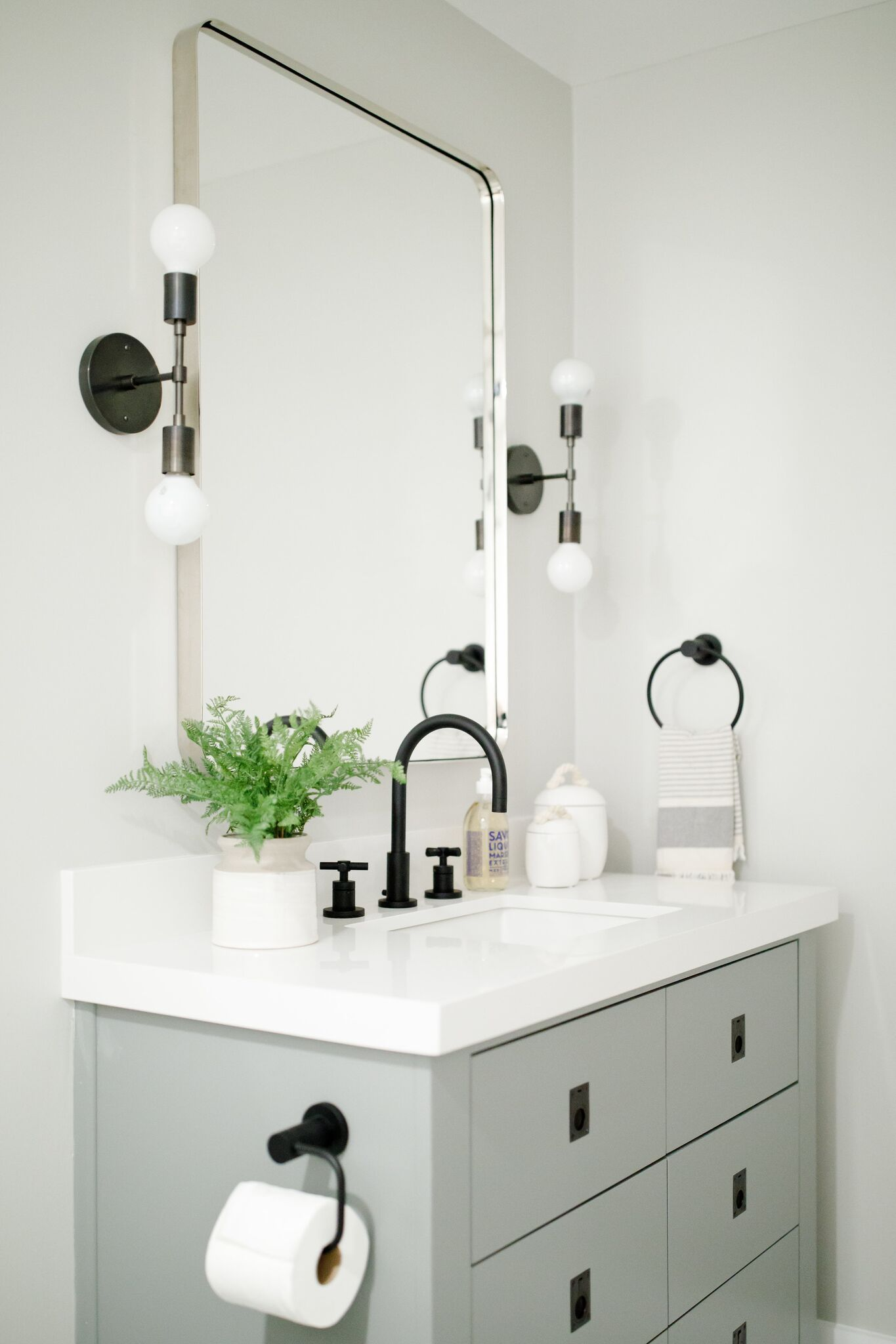 Rangeview Reno Pt 2 Kitchen Bathrooms Bathroom Redecorating Timeless Bathroom Stylish Bathroom