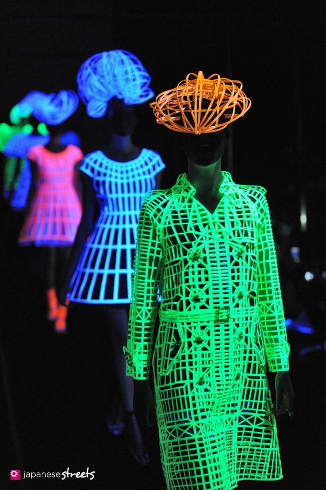 Black Light Fashion Show Equals Freaking Awesome Tokyo