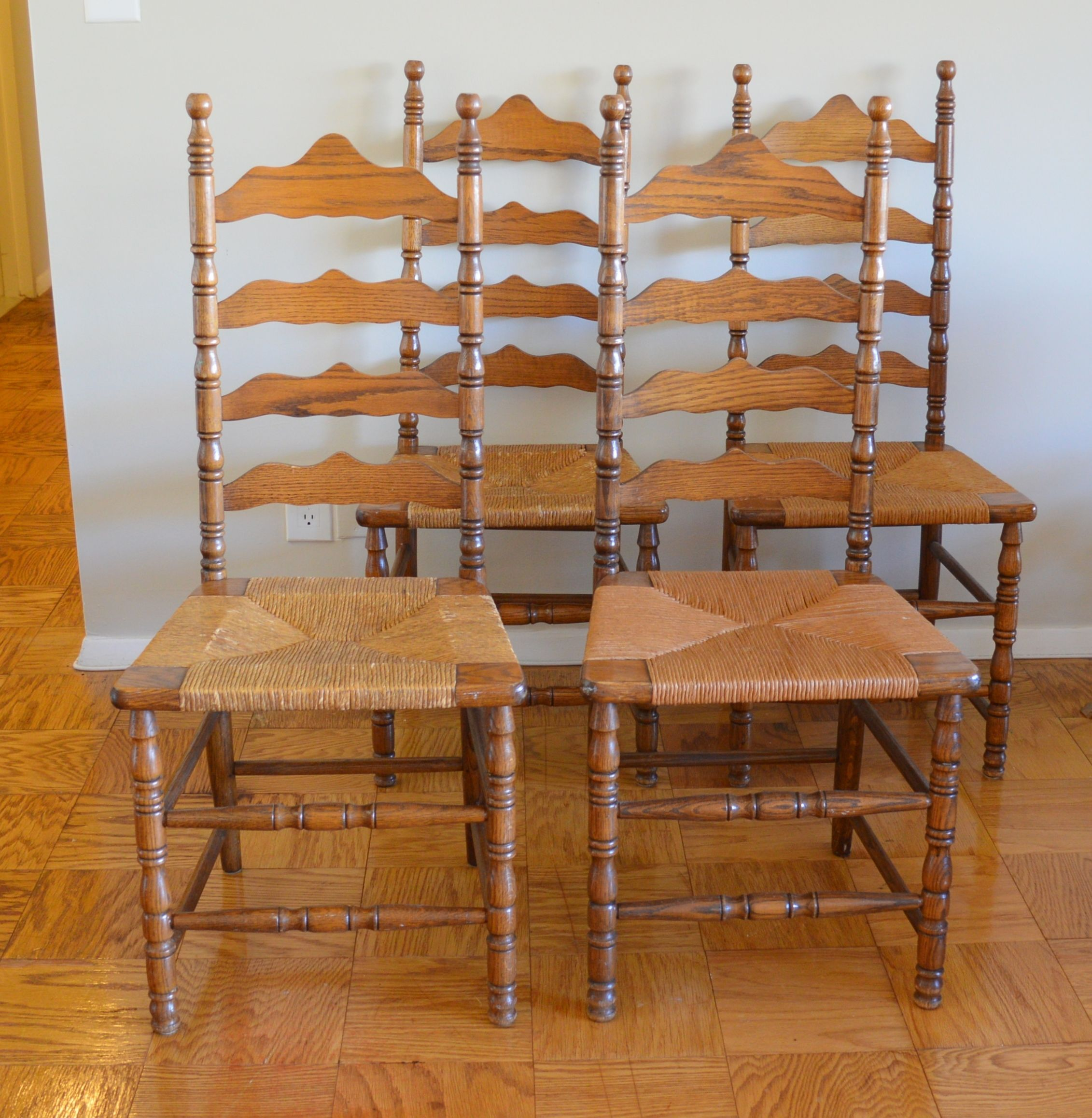 Decorate Your Dinning With These Lovely Christmas Chair: Picked Up These 4 Vintage Ladder Back Chairs By The Boling