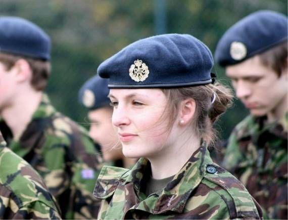 Epingle Sur Military Girls