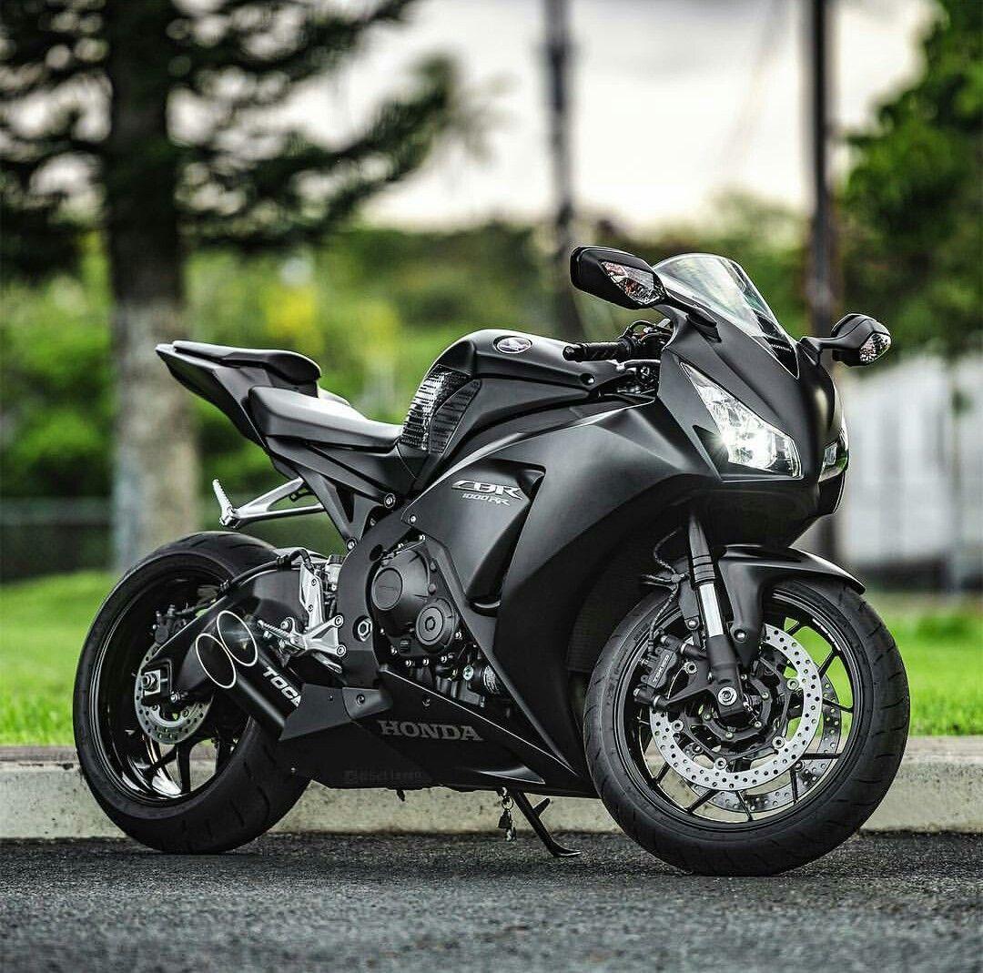 Honda Cbr 1000 RR Trust Me Im A Biker Please Like Page On Facebook Pg Trustmeiamabiker Follow