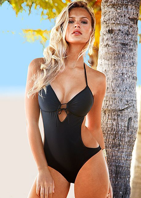 7a1abb5e5c27e Sweetheart monokini | Stuff I Want | Monokini swimsuits, Venus ...