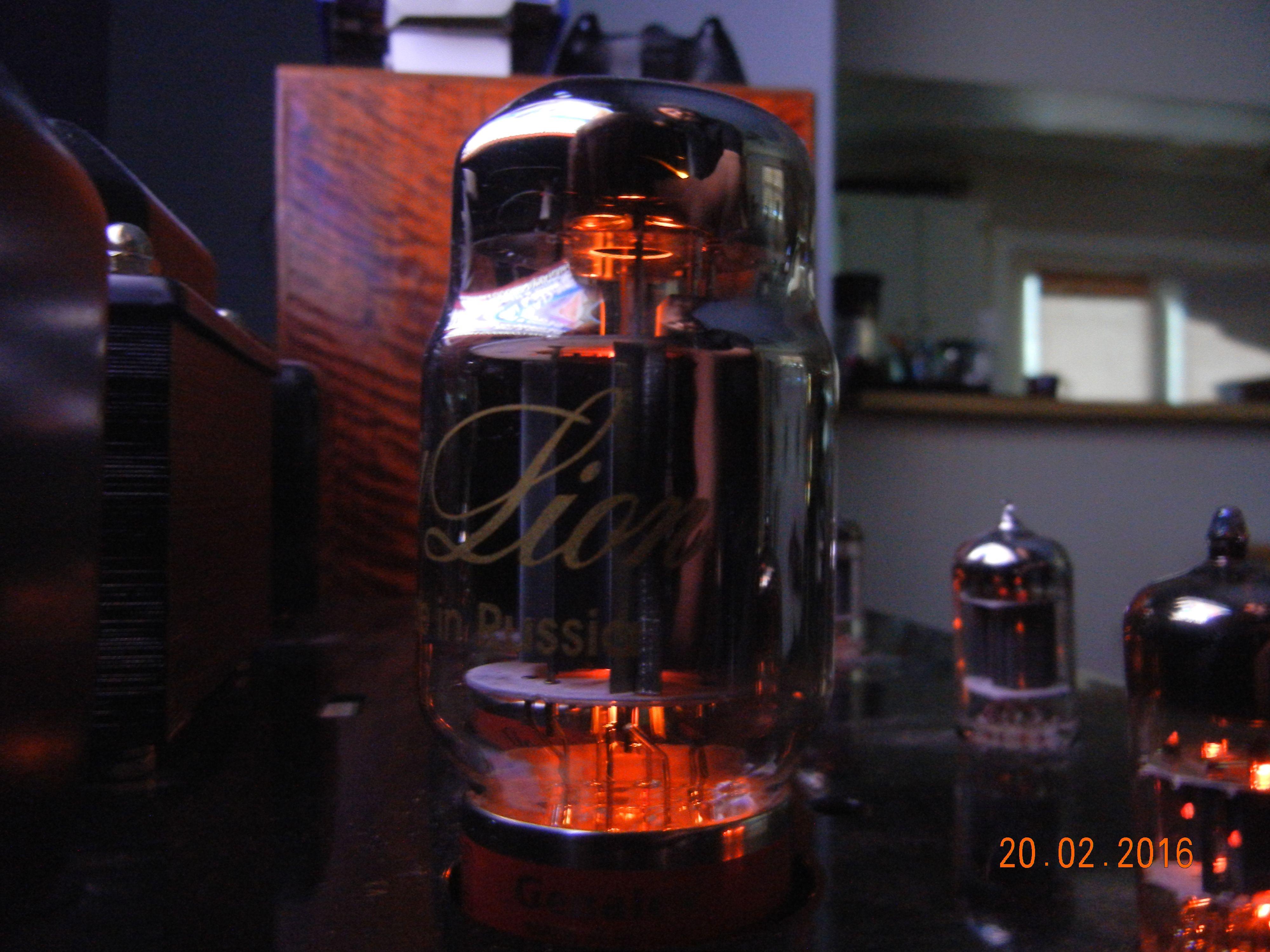 Gold Lion KT88, Telefunkin and Mullard tubes | Stereo