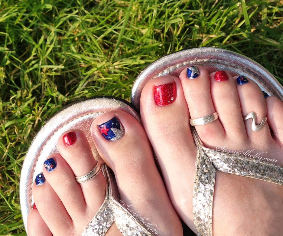 Stars Stripes and Sparkles! 4th of July Nails | Toe nail art, Pedi ...