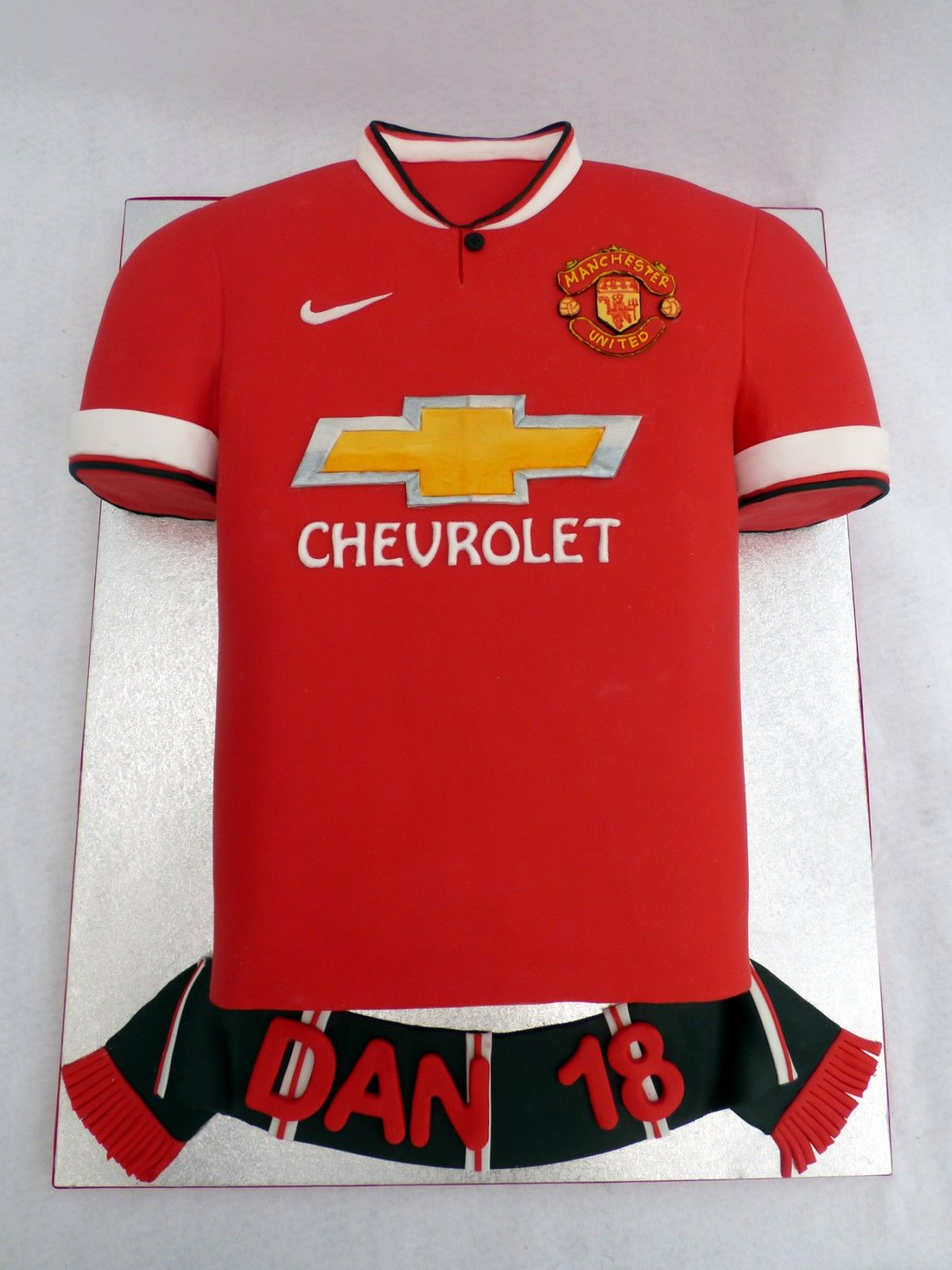 Image result for manchester united shirt cake ideas for Football t shirt cake template