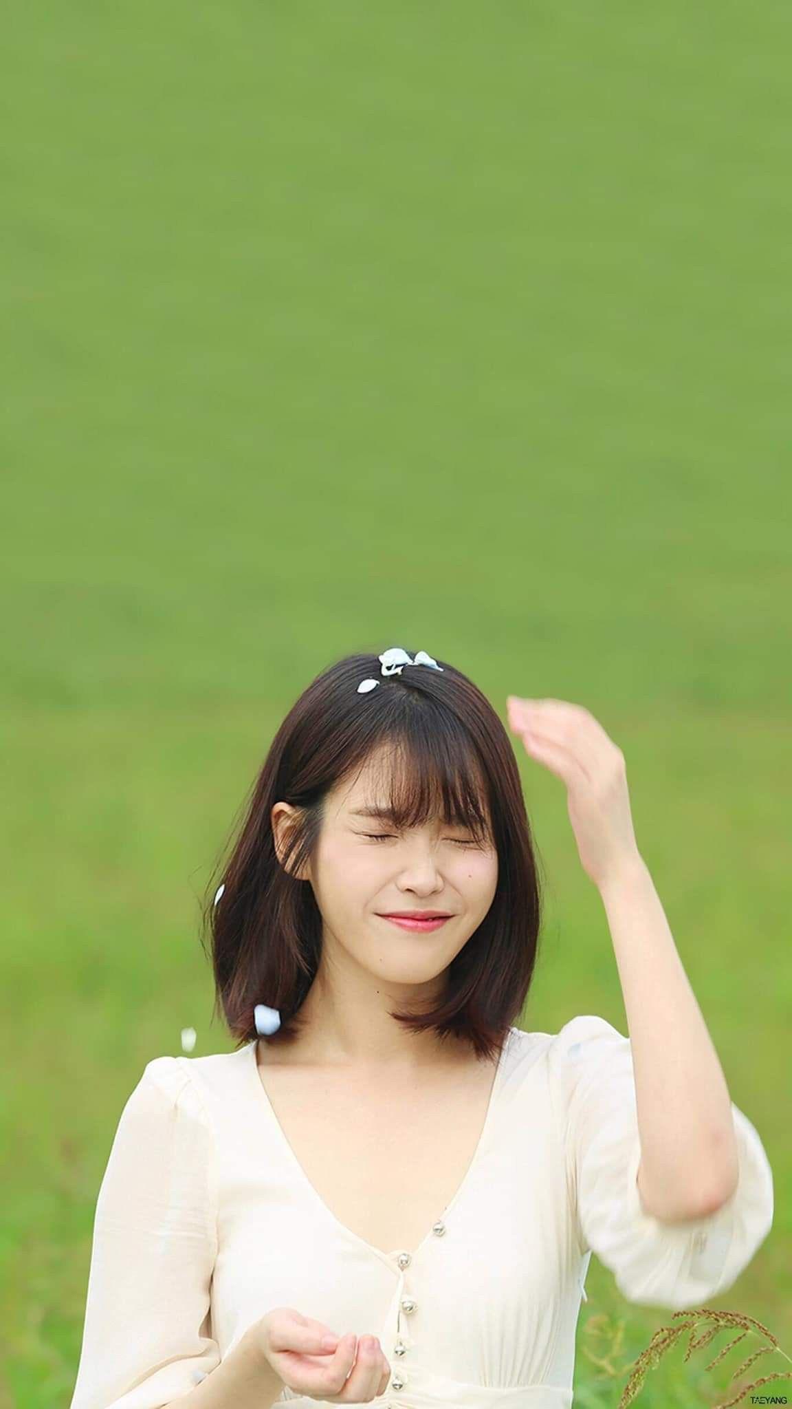 Iu Short Hair Iu Short Hair In 2020 Iu Short Hair Korean Hairstyle Short Hair Styles