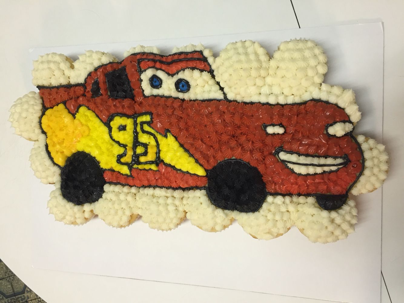Lightning McQueen cupcake cake My cupcakes Ive done Pinterest
