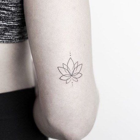 """Little Tattoos on Instagram: """"Minimalist #lotus by @rachainsworth · @lagrainetattoo Hampshire �� via @tattoofilter"""""""