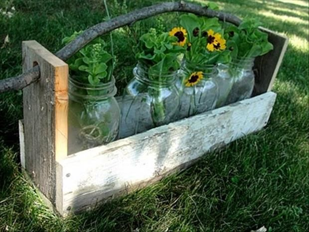 fun uses for old pallets 24 pics pallet pallet flower on extraordinary ideas for old used dumped pallets wood id=31647