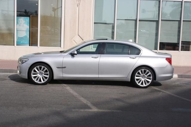 BMW 740 Li 2011 Under 5 Yrs Warranty and Service Contract Gulf Specs - vehicle service contract
