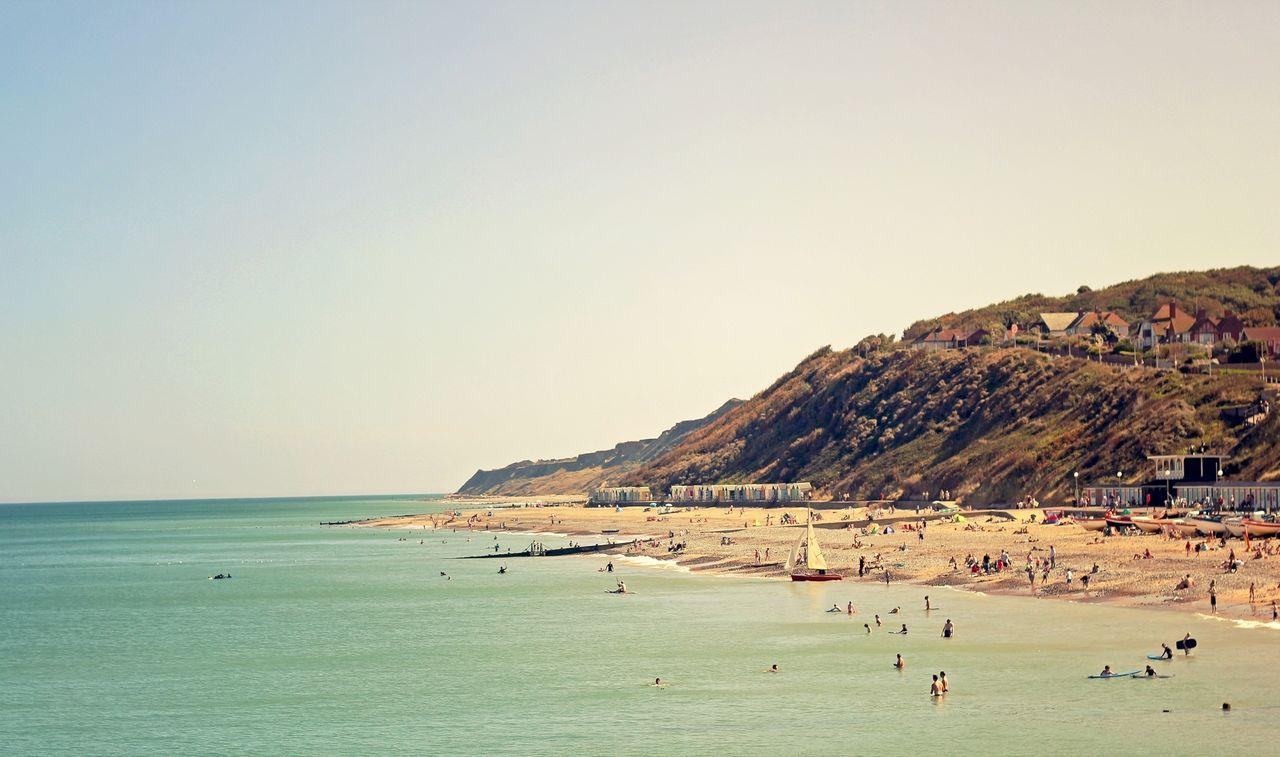 Geldi Yaz Aylari Basladi Parti Havalari Sevdiginiz Muzigi Dinleyebileceginiz Farkli Yerler Ortaya Cikmaya Vintage Beach