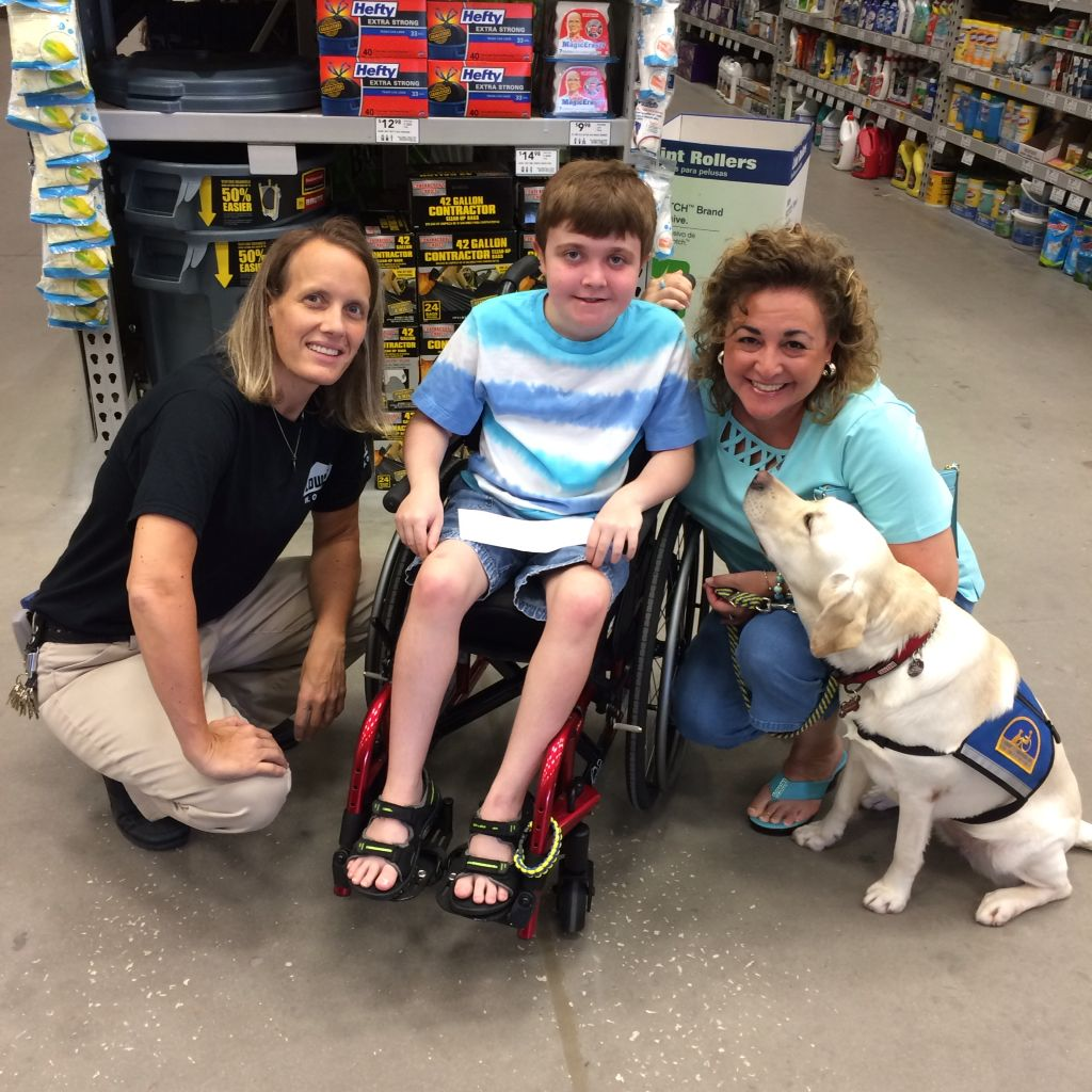 One of our field trips during the 2 week service dog training was to Lowes in Ocoee, Florida.  We love the manager of this store and they are amazing at fundraising for the MDA.  We enjoyed having Oprah shake hands with the cashiers!