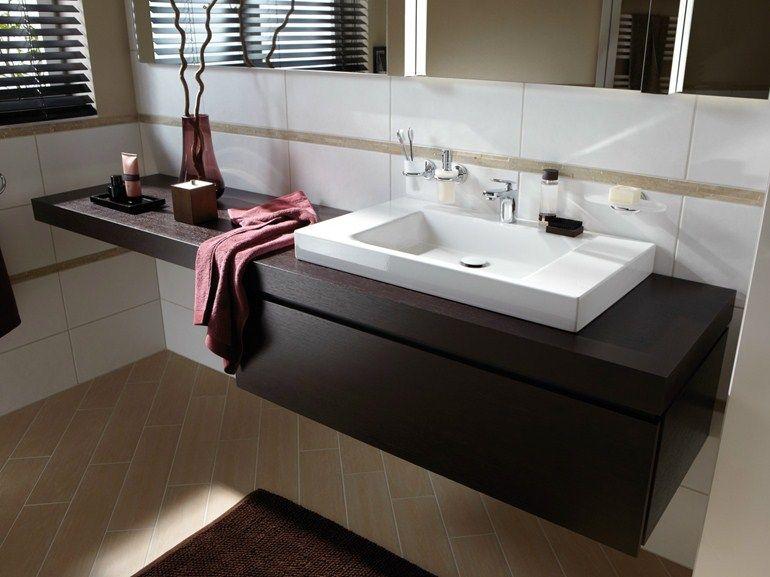 Mueble bajo lavabo simple de madera betteroom for Mueble de bano de diseno de madera