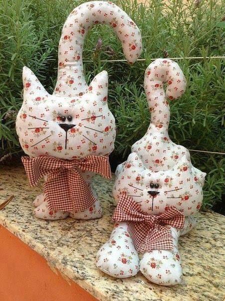 Cojines de tela en forma de gatos para decorar patchwork - Cojines hechos a mano ...