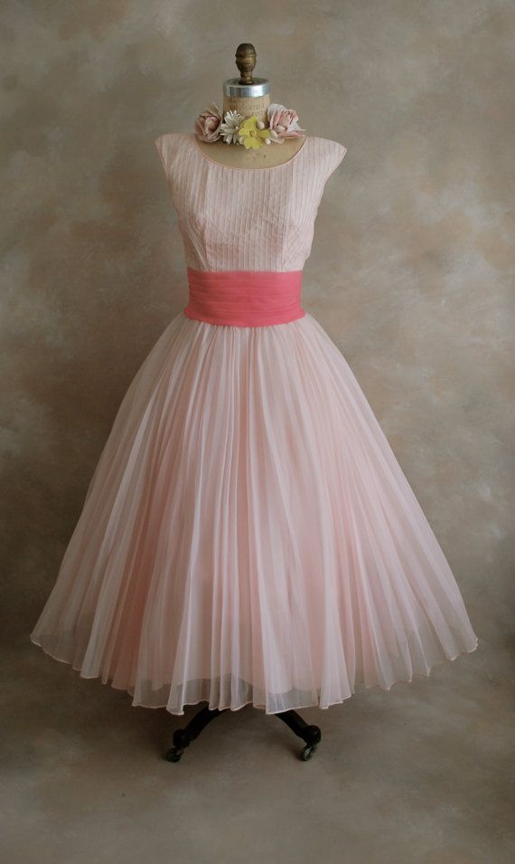 Vintage 1950s Prom Dress - Party Dress - Bridal Dress - Pretty in ...