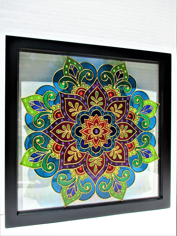 Mandala Art Glass Painting Bohemian Decor Stained Glass Glass Art Wall Art Window Decor Sun Catch In 2020 Glass Painting Glass Painting Patterns Stained Glass Wall Art