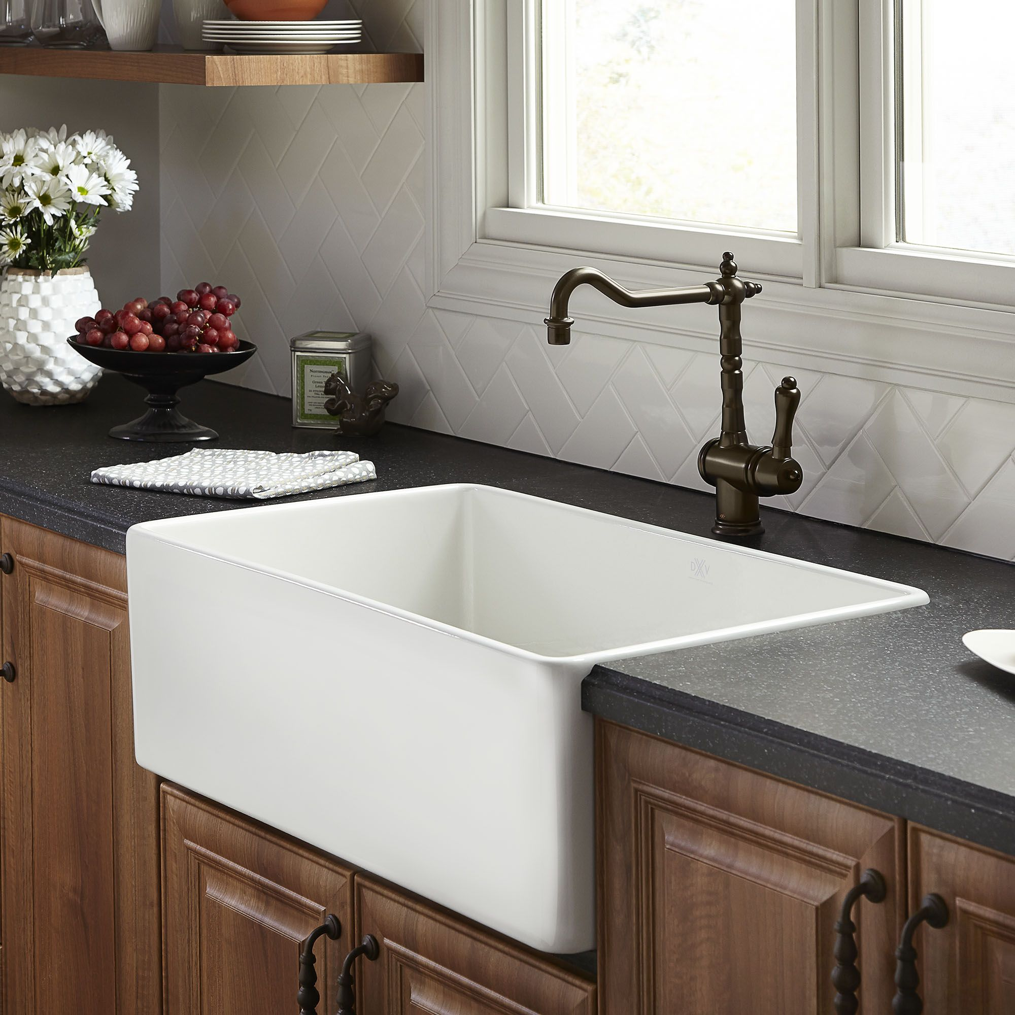 Dxv Hillside 30 Inch Apron Kitchen Sink Canvas White White Kitchen Sink Drop In Farmhouse Sink Apron Sink Kitchen