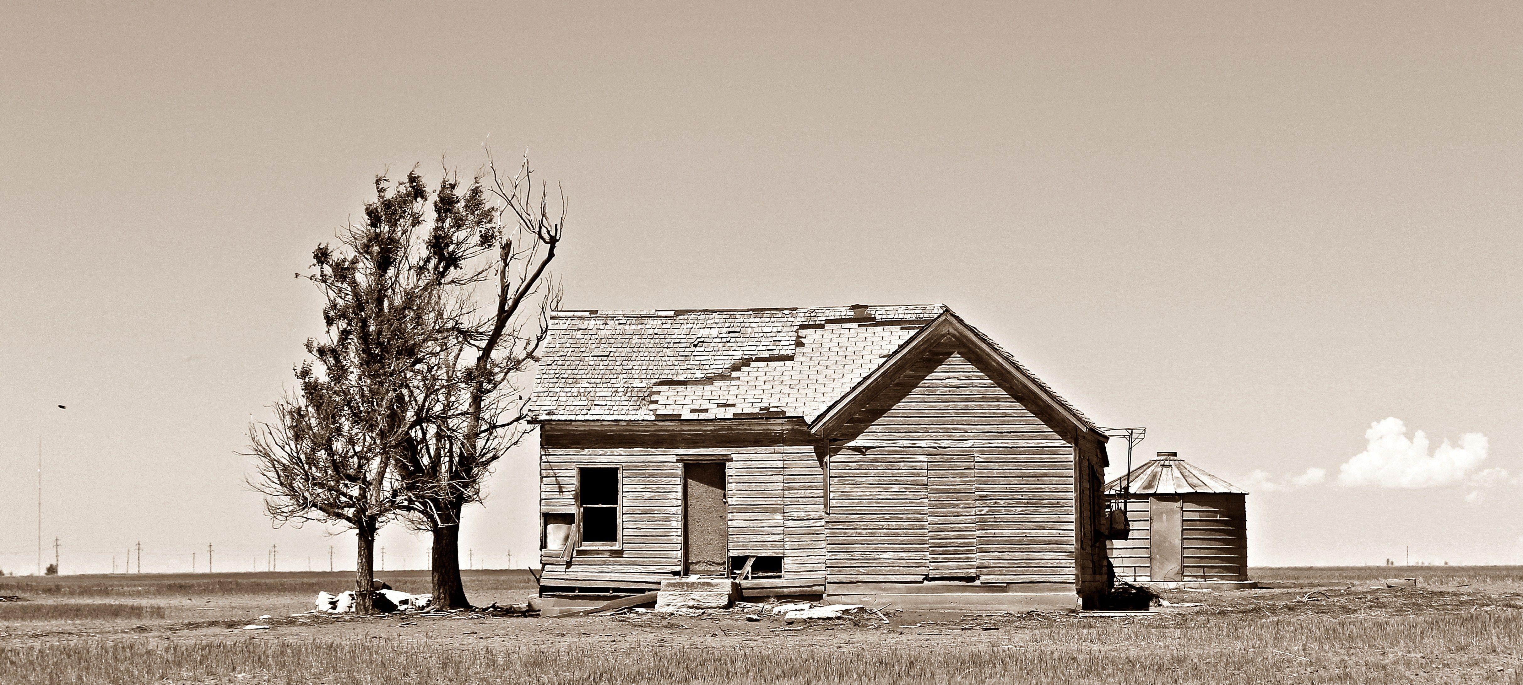 Abandoned dust bowl era farm homestead in texas county