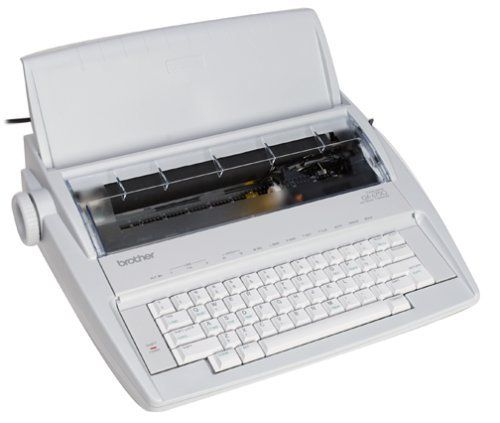 Brother Gx 6750 Daisy Wheel Electronic Typewriter Electric Typewriter Typewriter Portable Typewriter